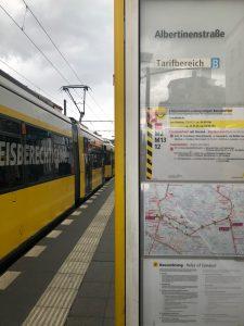 Tram Haltestelle Albertinenstraße